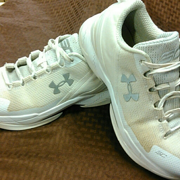 Under Armour Other - Under armour sneakers